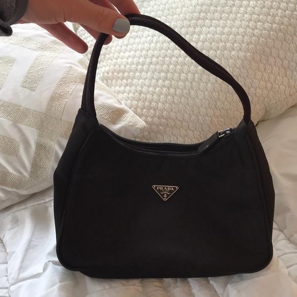4b972573ed Authentic Prada nylon bag. M 5b201446c2e9fed920f57a0e